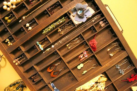 hang jewelry on drawer dividers